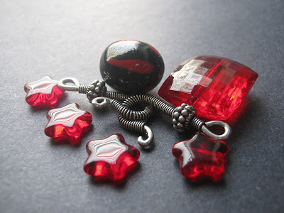 Black and Red Acrylic Bead Set
