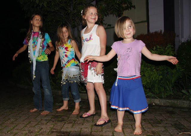 belly dancers in training