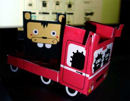 The Red Van & Friends Paper Toy