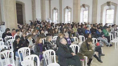 El públic gairebé va omplir el Paranimf de la Universitat.