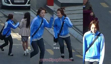 ภาพ Yoon Eun Hye ถ่ายทำละครใหม่ในเสื้อวอร์ม และรองเท้าแตะ