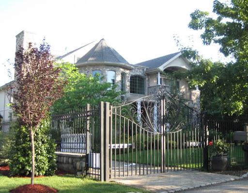 Luxury Home on Wakefield Rd., Staten Island