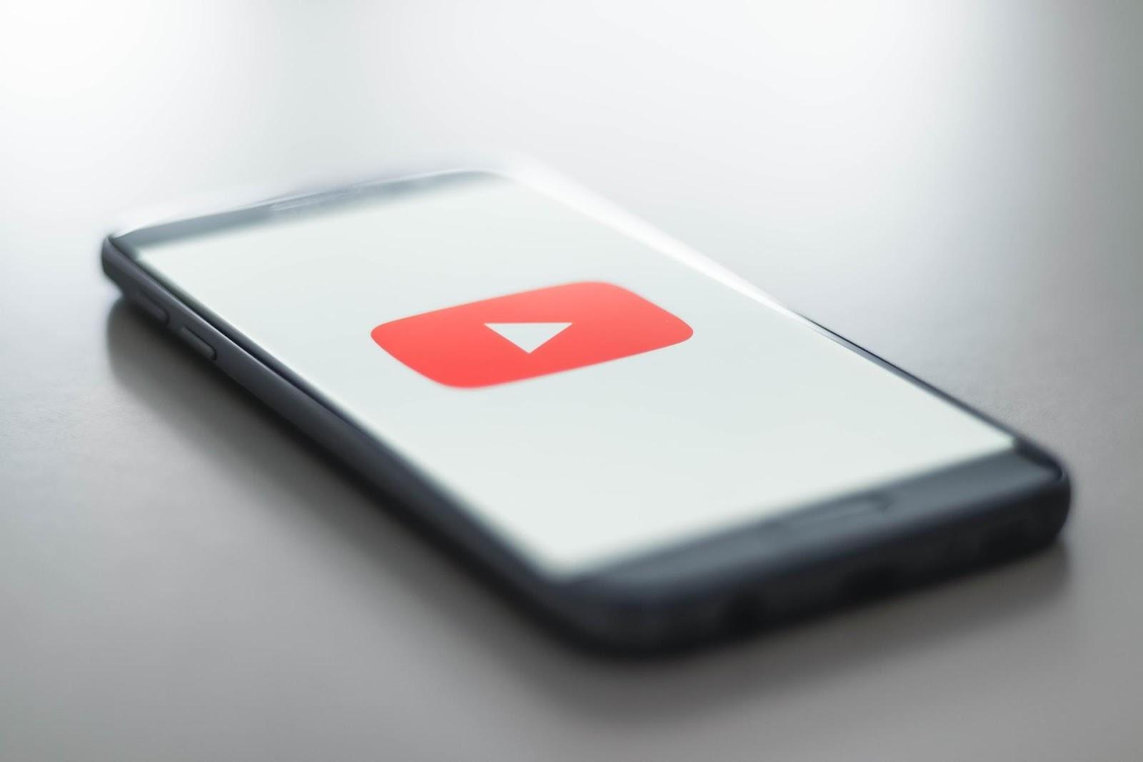 Usar hack para ganhar inscritos no YouTube vale a pena?
