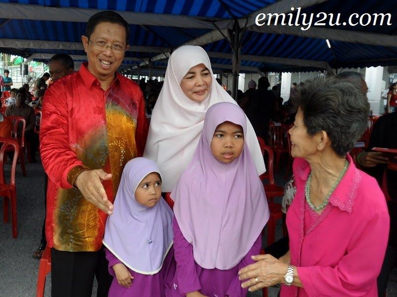 Nizar family