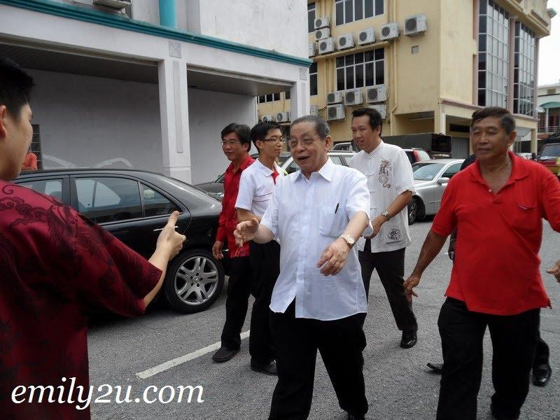 YB Lim Kit Siang arrives