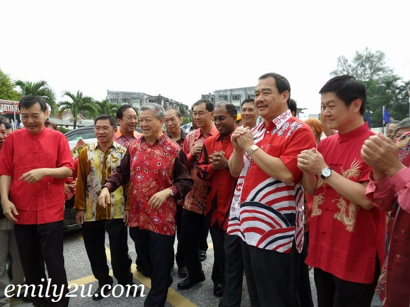 top MCA leaders with Perak MB