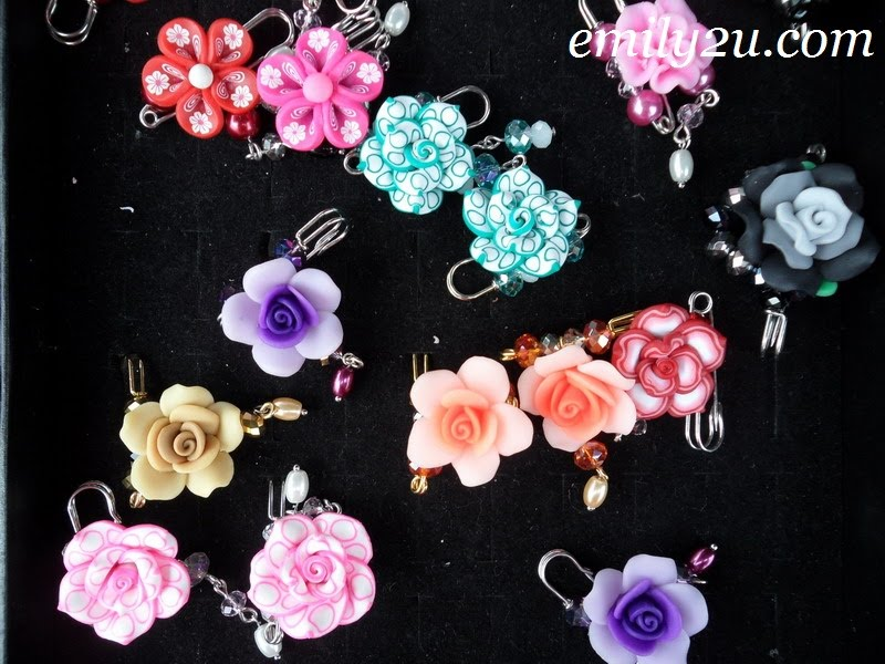colourful accessories