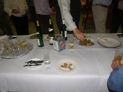 Degustación de tapas y vinos de Rociana del Condado