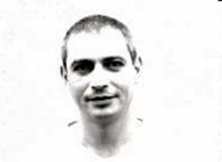 Liviu Clement şi-a dat demisia din funcţia de redactor şef la Crai Nou