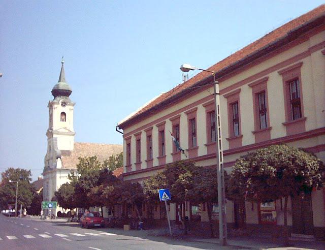 A szálloda épülete 2004 előtt