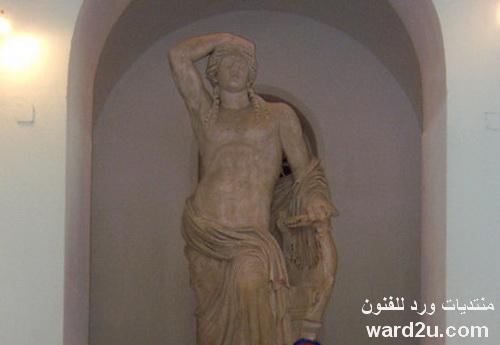 جوله في المتحف الوطني بباردو