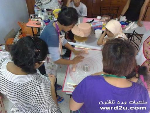واااااااااااااااااااااااا اااو 1-www.ward2u.com-Embroidery-Cake.jpg