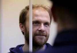 Денис Синяков в Калининском суде Санкт-Петербурга, ноябрь 2013-го