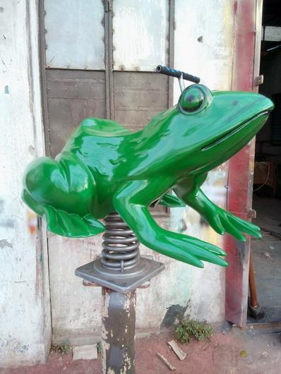 C:\Users\Raha\Desktop\01 KIDDIE RIDES\18 Frog Spring\DSC_0774.jpg