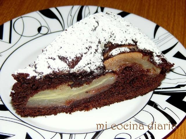 Tarta de chocolate con peras (Пирог шоколадный с грушами)
