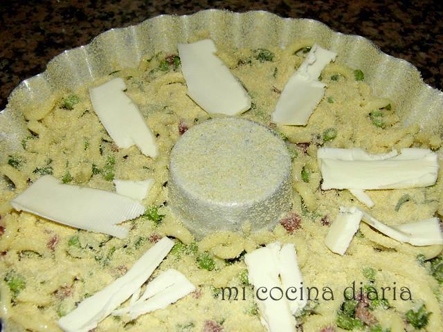 Timbal de pasta (Тимбалло ди паста)
