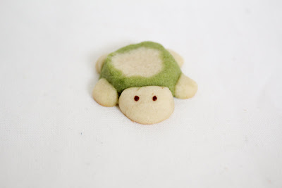photo of one Turtle Sugar Cookie