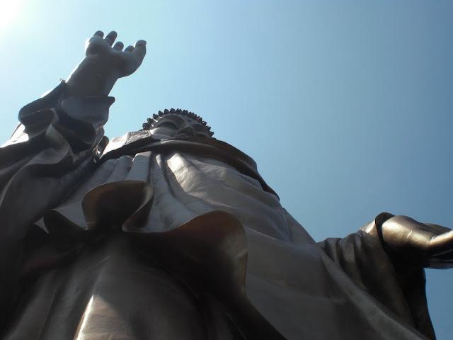 A los pies de Buda