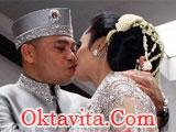 Ciuman Ultah Krisdayanti Raul Lemos