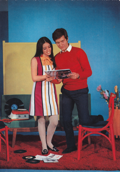 Cartes Postales Pop et Kitsch des années 50, 70 et 70 - Pop and kitsch vintage postcards from the fifties, the sixties and the seventies : Pop couples