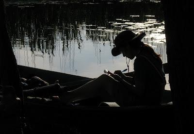 meet the sun @ Delta Dunarii - scriitor in barca
