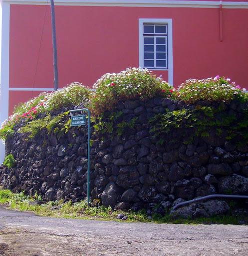 Die Palmeros lieben farben frohe Häuser,La Palma,Kanaren
