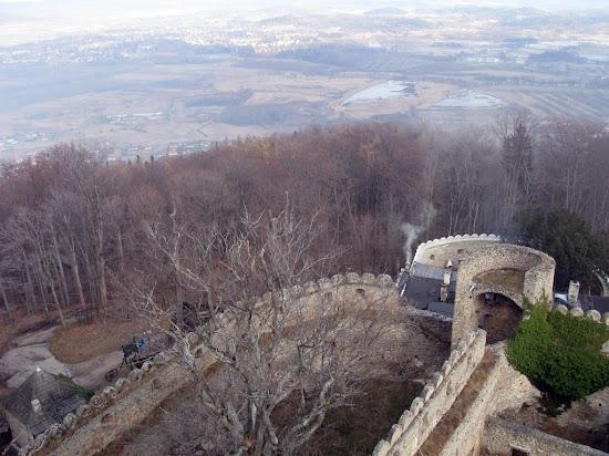 zamek Chojnik - widok z wieży na zamek