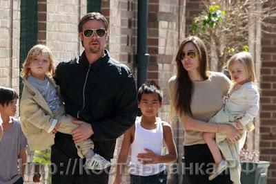 Анжелина Джоли, Бред Питт, Испания, фильм турист, CostablancaVIP