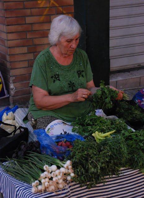 thessaloniki herb lady greece