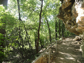 Shoal Creek hiking with kids