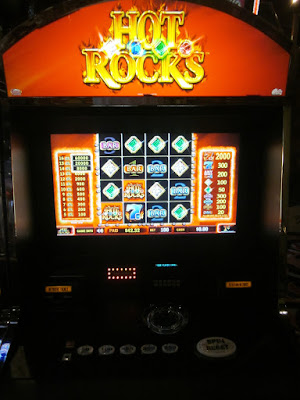 Hot rocks slot machine photo