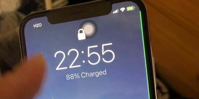 Sữa iPhone X lỗi sọc màn hình trong tích tắc