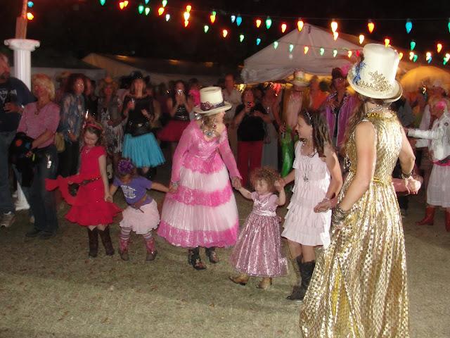 more prom dancin