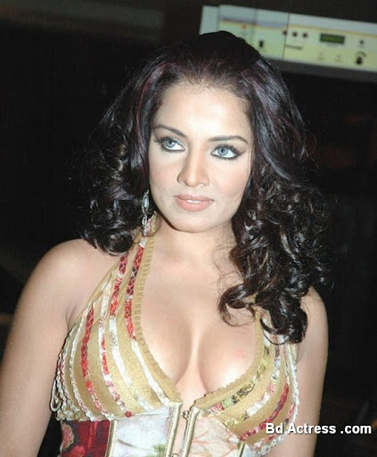 Bollywood Actress Celina Jaitley Photo-04