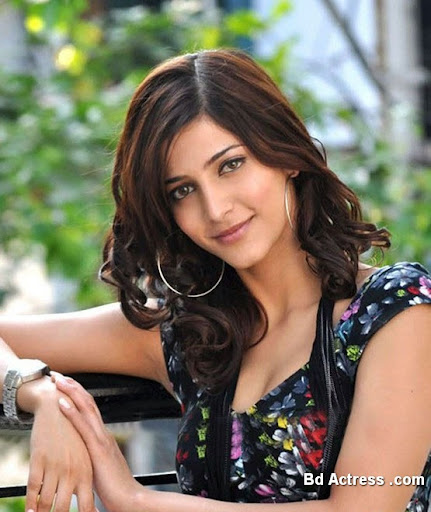 South Indian Actress Shruthi Haasan Photo-01