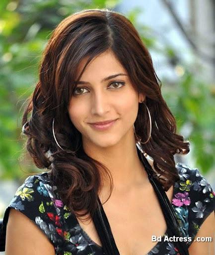 South Indian Actress Shruthi Haasan Photo-02