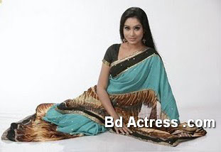 Bangladeshi Model Momo in saree