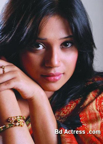 Bangladeshi Model Nova face