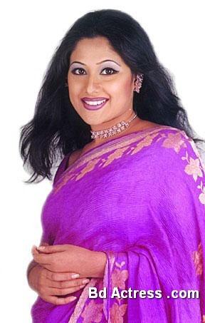 Bangladeshi Model Sumaya Shimu nice saree