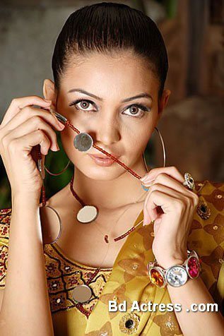 Pakistani Model Haya picture