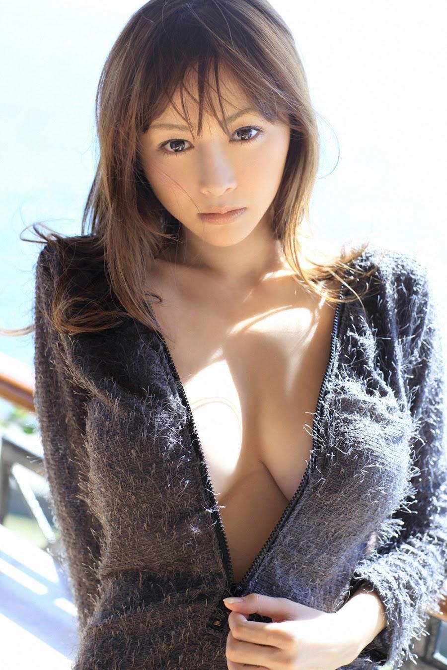 Anri Sugihara - Japanese Gravure Idol
