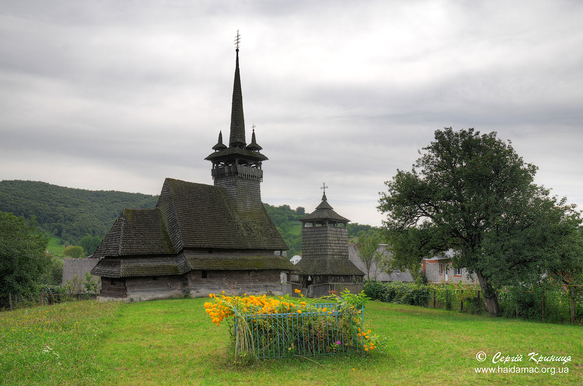 Олександрівка, церква св.Параскеви