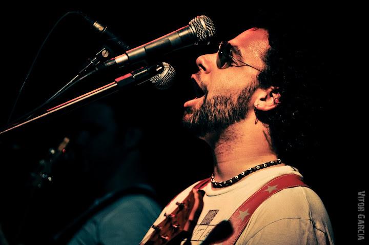 Rodrigo Verídico, vocalista da Estação Primeira de Bluseira, de Bauru