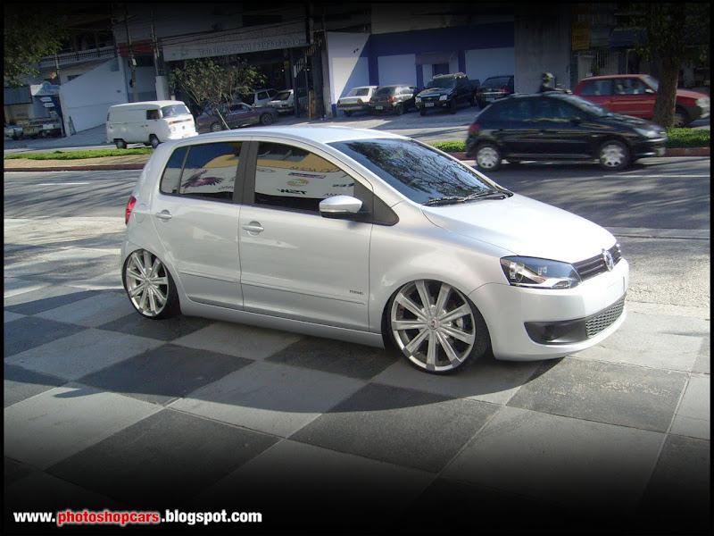 Um Volkswagen Fox Tunado E Rebaixado Com Rodas Aro 19