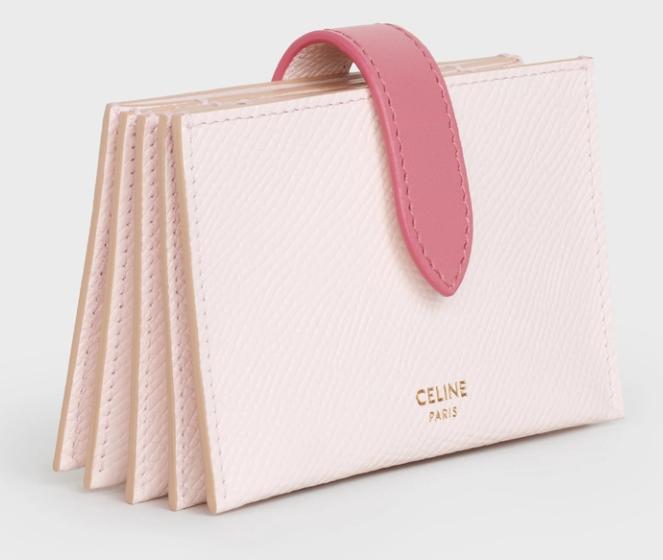 7. กระเป๋าใส่บัตรแบรนด์ CELINE