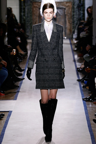 yves_saint_laurent___pasarela_622456118_