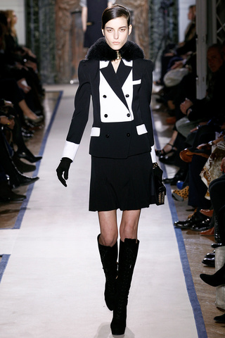 yves_saint_laurent___pasarela_727396063_