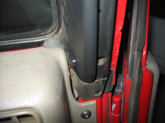 Dome Light Bypass Switch Jeep Wrangler Forumrhwranglerforum: Door Switch Location At Gmaili.net