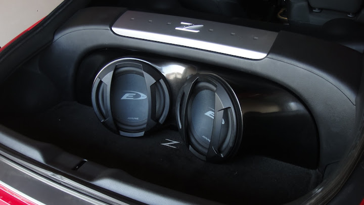 Two 10 Quot Subs And Custom Box My350z Com Nissan 350z And