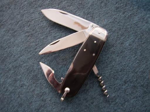 """""""le couteau de survie """" du bassin d'Arcachon Couteau%20du%20bassin%20002"""